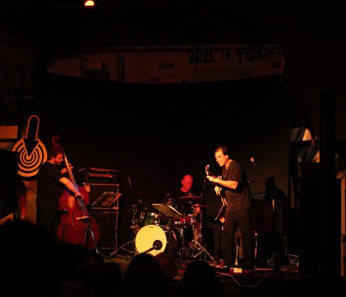 Andrea Daloiso Trio: una grande sintonia