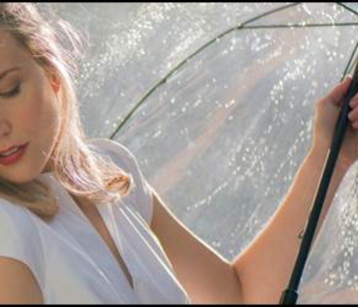Sarah McKenzie torna in Italia per cinque date