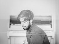 Ishaq: streaming, intervista e recensione