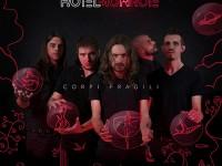 """Hotel Monroe, """"Corpi fragili"""": recensione e streaming"""