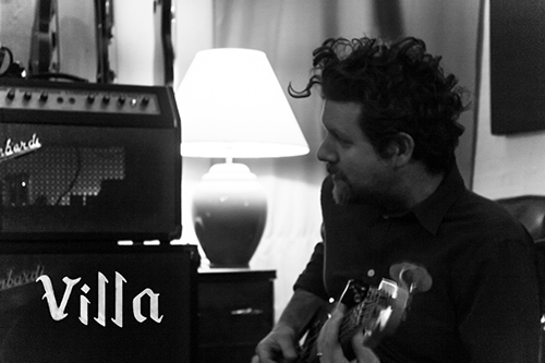 "Villa: ""L'Etere"" è il nuovo video #trakofthenight"