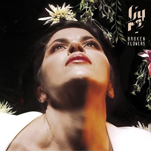 """Lyre: """"Broken Flowers"""" è il nuovo singolo"""