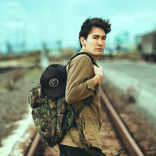 """Alessandro Bruni, """"Lontano dalla tua città"""" è il nuovo singolo"""