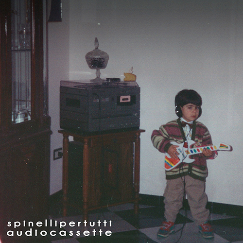 """Spinelli per tutti, """"Audiocassette"""": Recensione e streaming"""